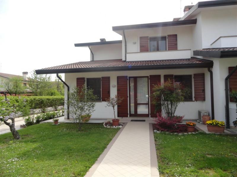 Appartamento in ottime condizioni in vendita Rif. 11125107