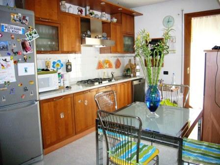 Appartamento in vendita a Correzzola