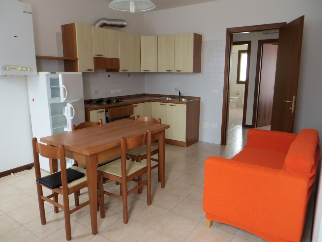 Affittasi appartamento tricamere duplex semi arredato ad Abano Terme - zona Stazione