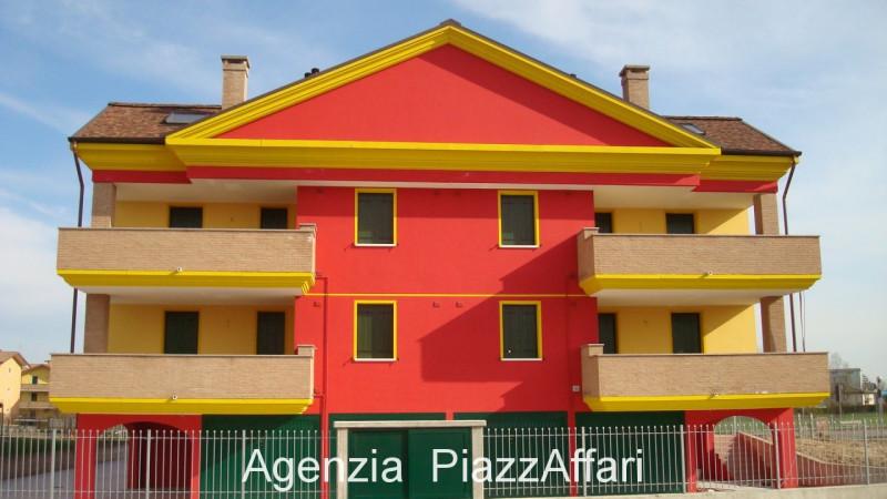 Appartamento in ottime condizioni in vendita Rif. 4063513
