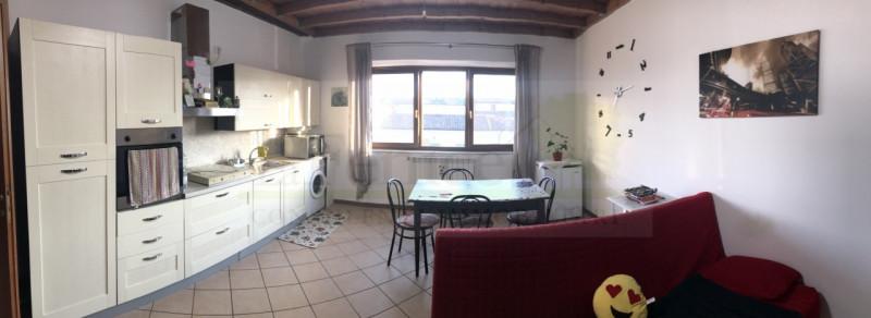Appartamento in buone condizioni arredato in affitto Rif. 7667896