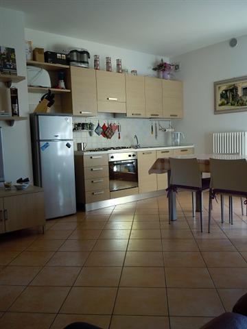 Appartamento in vendita a Loreggia, 2 locali, zona Località: Loreggia - Centro, prezzo € 90.000 | CambioCasa.it