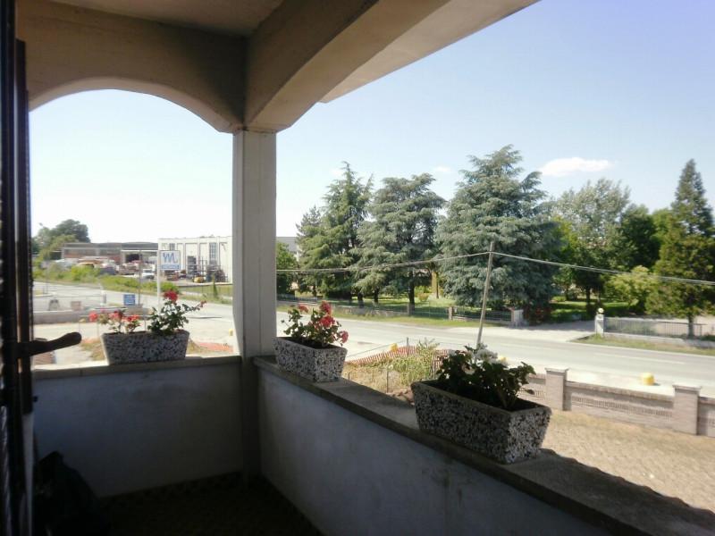 Villa in buone condizioni in vendita Rif. 4066497