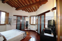 casa singola in vendita Montespertoli foto 007__san_quirico_vendesi_terratetto_giardino_garage_06.jpg