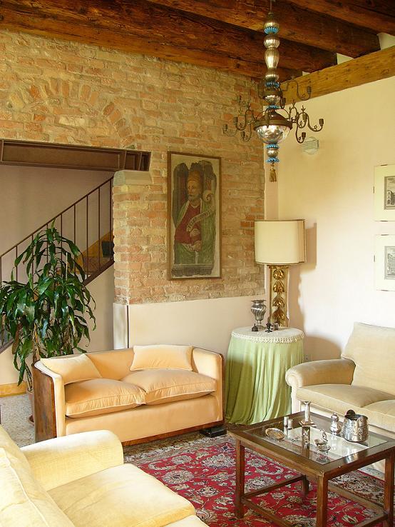 Appartamento in buone condizioni in affitto Rif. 4068346