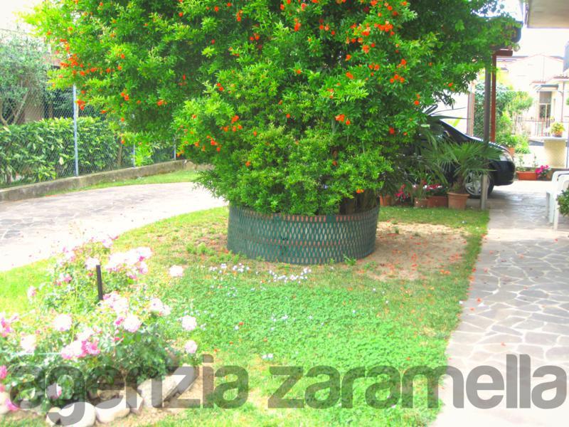 Montegrotto, casa singola dalle ampie metrature e giardino privato!