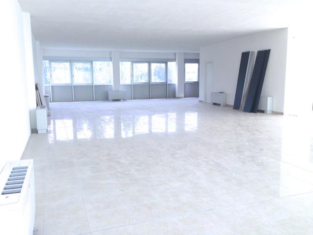 Ufficio / Studio in affitto a Rubano, 4 locali, zona Località: Rubano - Centro, prezzo € 1.250 | CambioCasa.it