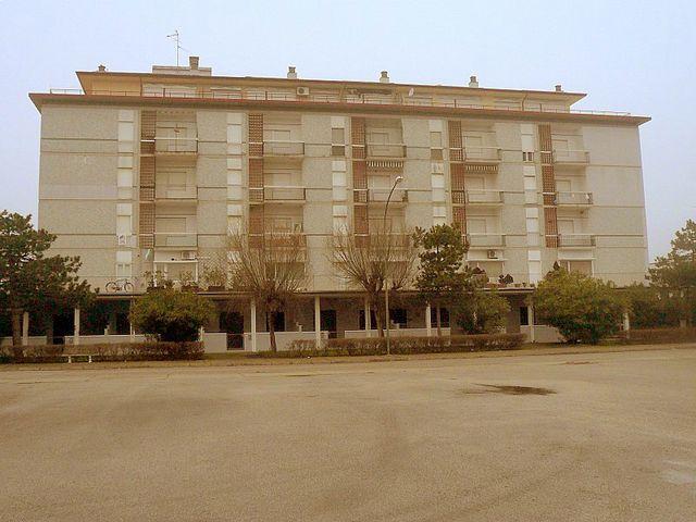 Appartamento in vendita a Comacchio, 4 locali, zona Zona: Lido di Pomposa, prezzo € 110.000 | CambioCasa.it