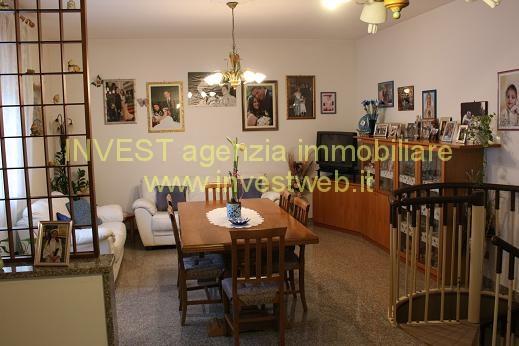 Appartamento in buone condizioni in vendita Rif. 4070975