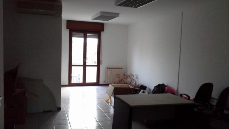 Ufficio in buone condizioni in vendita Rif. 4071690
