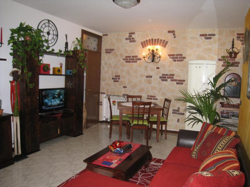Battaglia Terme zona centrale, appartamento al piano terra su piccola palazzina r 271