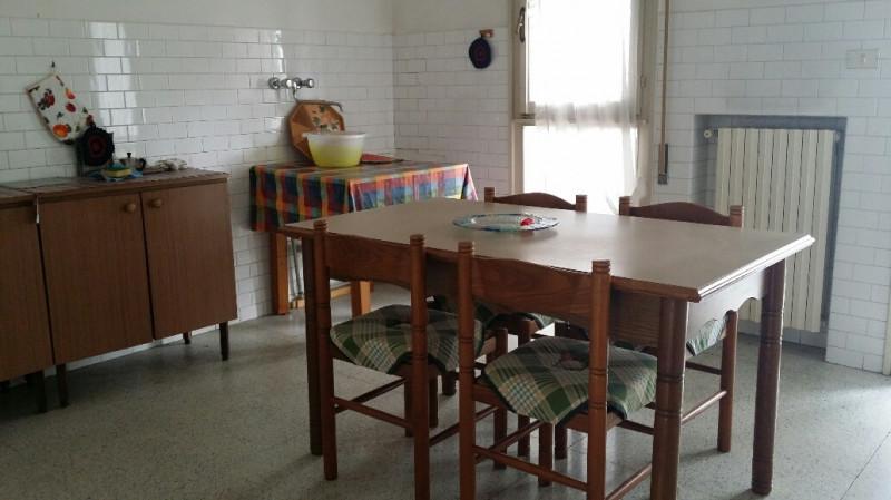 Appartamento in vendita a Ospedaletto Euganeo, 4 locali, zona Località: Ospedaletto Euganeo - Centro, prezzo € 59.000 | CambioCasa.it