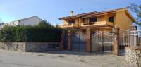villa in vendita Milazzo foto 000__esterno_strada_1.jpg