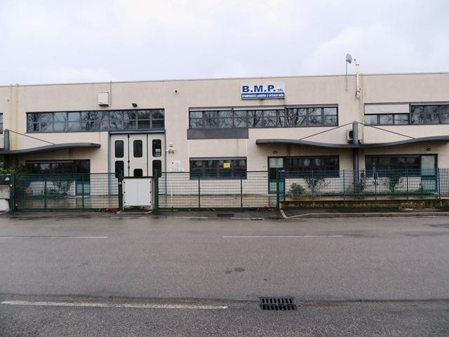 Capannone in vendita a Sala Bolognese, 4 locali, zona Zona: Padulle, prezzo € 849.000 | CambioCasa.it