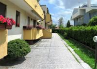 appartamento in vendita Cartura foto 002__CARTURA_ingresso_palazzina.jpg