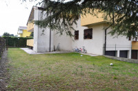appartamento in vendita Cartura foto 023__CARTURA_giardino_condominiale.jpg