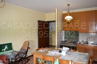 appartamento in vendita Due Carrare foto 002__ingresso_cucina.jpg