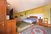 appartamento in vendita Due Carrare foto 010__gruppovela_camera_matrimoniale.jpg