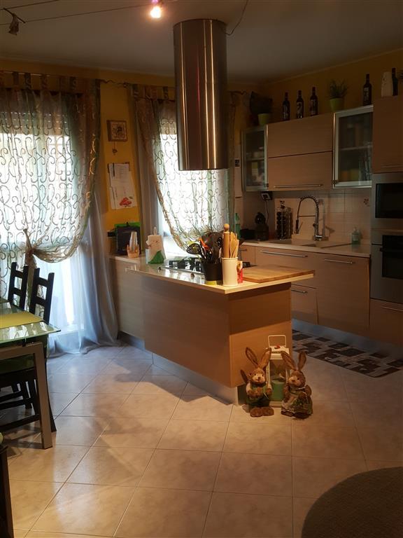 Appartamento arredato in vendita Rif. 9121733