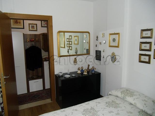 Bolzano, zona Dodiciville, appartamento trilocale interno e tranquillo