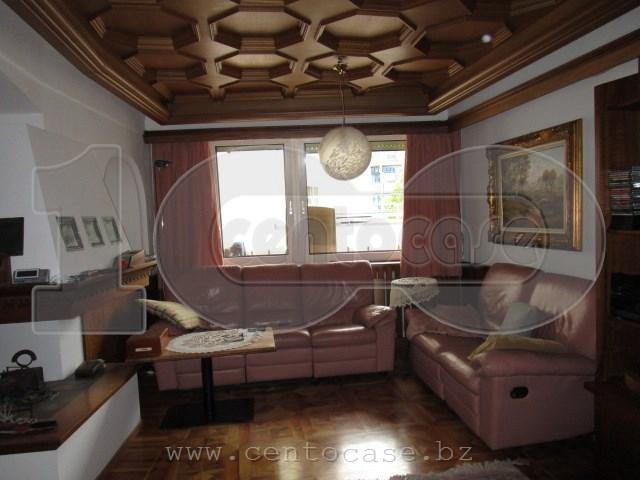 Bz, Dodiciville, appartamento trilocale interno e luminoso