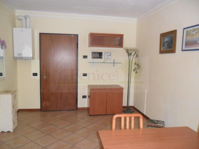 CASTEL GOFFREDO APPARTAMENTO DI PREGIO - https://media.gestionaleimmobiliare.it/foto/annunci/150528/974098/800x800/001__sam_0650_wmk_0.jpg
