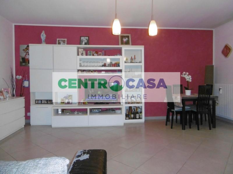 Appartamento in vendita a Legnago, 4 locali, zona Zona: San Pietro, prezzo € 90.000 | CambioCasa.it