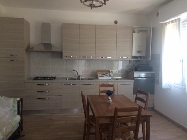 Appartamento in buone condizioni arredato cercasi Rif. 9516605