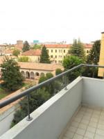Centro Storico - Quadrilocale in via Beato Pellegrino.