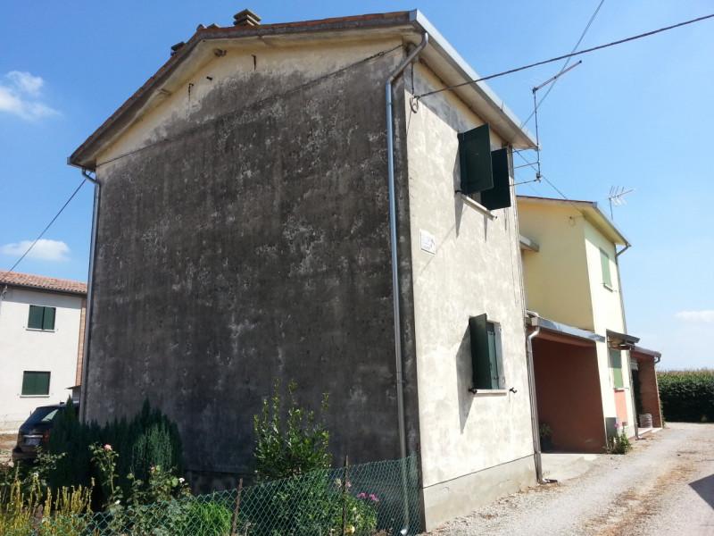 Villetta a schiera da ristrutturare in vendita Rif. 4077409