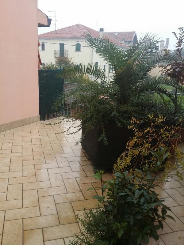 Appartamento in vendita a Stanghella, 4 locali, zona Località: Stanghella, prezzo € 120.000   CambioCasa.it