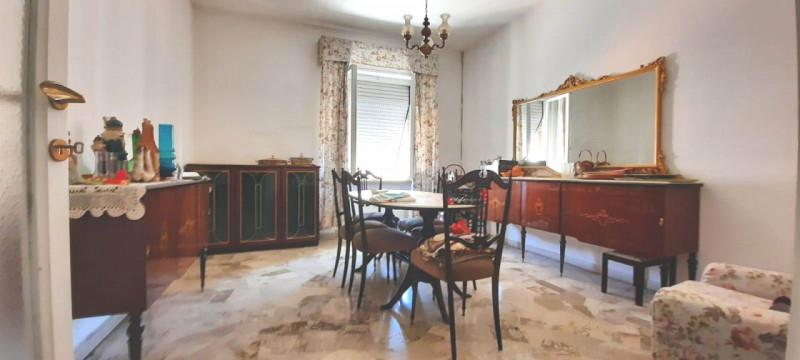 Appartamento in vendita a Terni, 4 locali, zona Zona: Semicentro, prezzo € 120.000 | CambioCasa.it