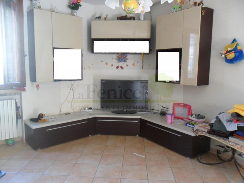 Villetta a schiera in ottime condizioni in vendita Rif. 9793979
