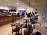 Vendesi attività di bar ristorante zone industriale Padova
