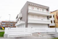 LIMENA-TAGGI' DI SOTTO: Attico ultimo piano con 3 camere e dagli ampi spazi abitativi