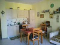 vendesi mini appartamento semi arredato