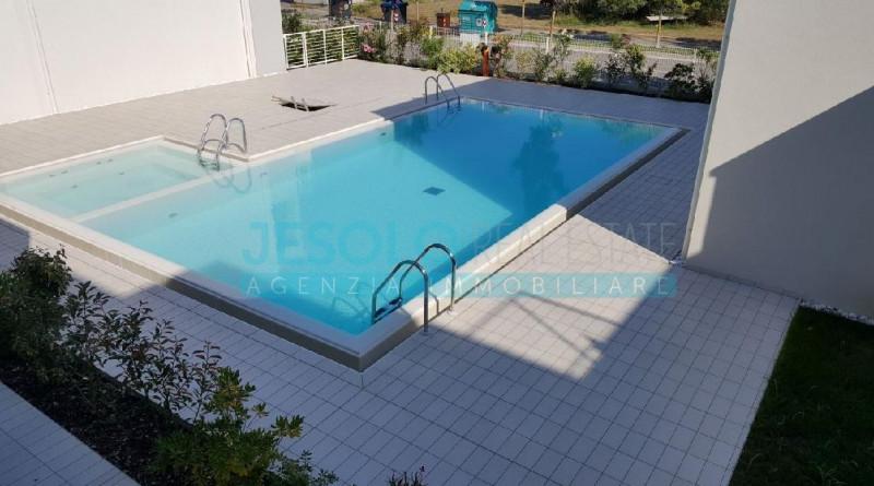 Duplex in ottime condizioni arredato in vendita Rif. 11167456