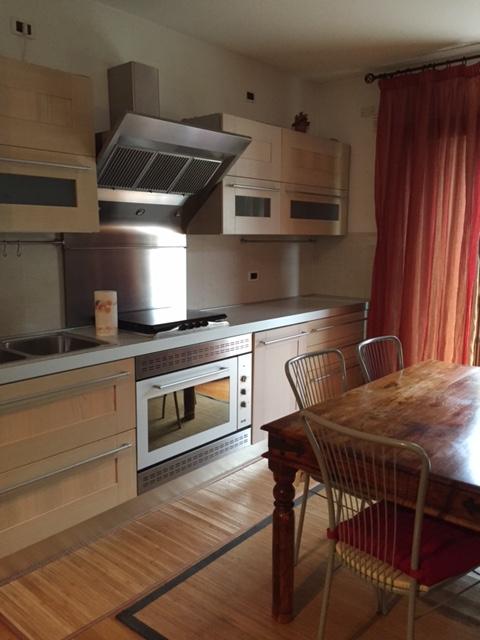 Appartamento in vendita a Montegrotto Terme, 3 locali, zona Località: Montegrotto Terme - Centro, prezzo € 150.000 | CambioCasa.it