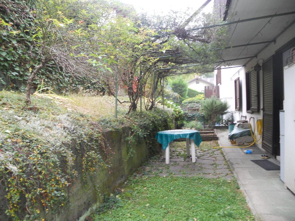 Ampio appartamento tricamere con 140 mq di giardino a Baselga del Bondone