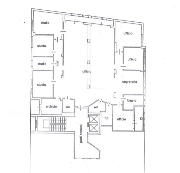 Centralissimo e grande ufficio in ottime condizioni e ottimo contesto - https://media.gestionaleimmobiliare.it/foto/annunci/161023/1453496/800x800/008__ufficio_293mq.png