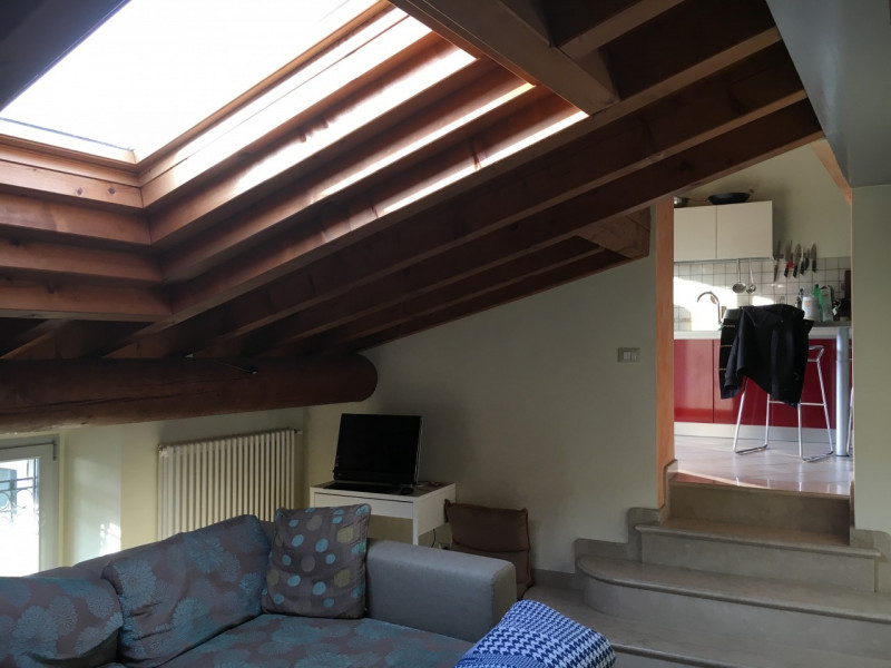 Appartamento in affitto a Lonato, 4 locali, zona Località: Lonato - Centro, prezzo € 550   CambioCasa.it