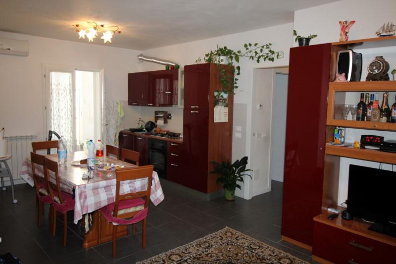 Appartamento in buone condizioni in vendita Rif. 4089170