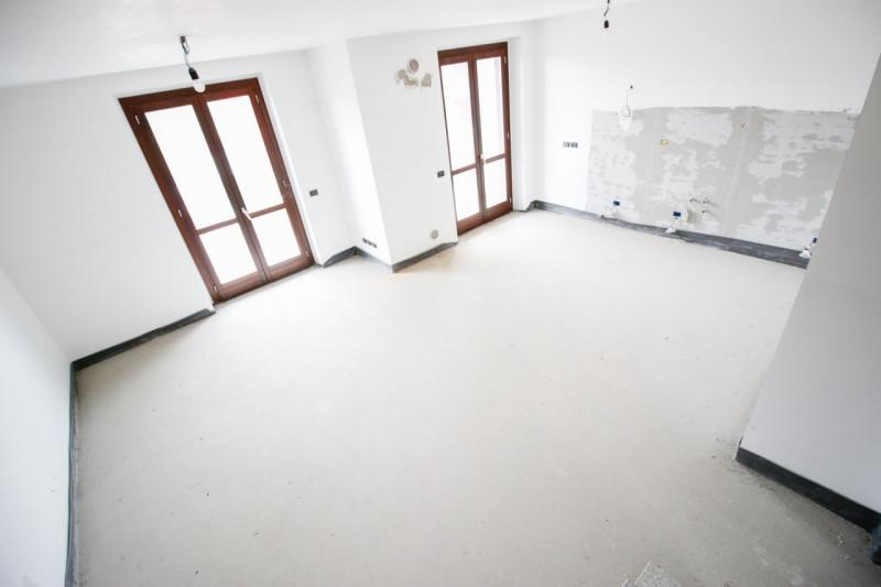 Appartamento in vendita a Brandizzo, 5 locali, zona Località: Brandizzo - Centro, prezzo € 209.000 | CambioCasa.it