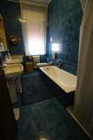 Abano Terme zona pedonale appartamento primo piano con quattro camere da letto.
