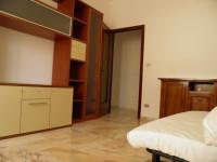 Savona, via Nizza, appartamento trilocale arredato a 20 metri dal mare