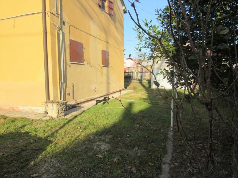 Trilocale in buone condizioni arredato in affitto Rif. 9533826