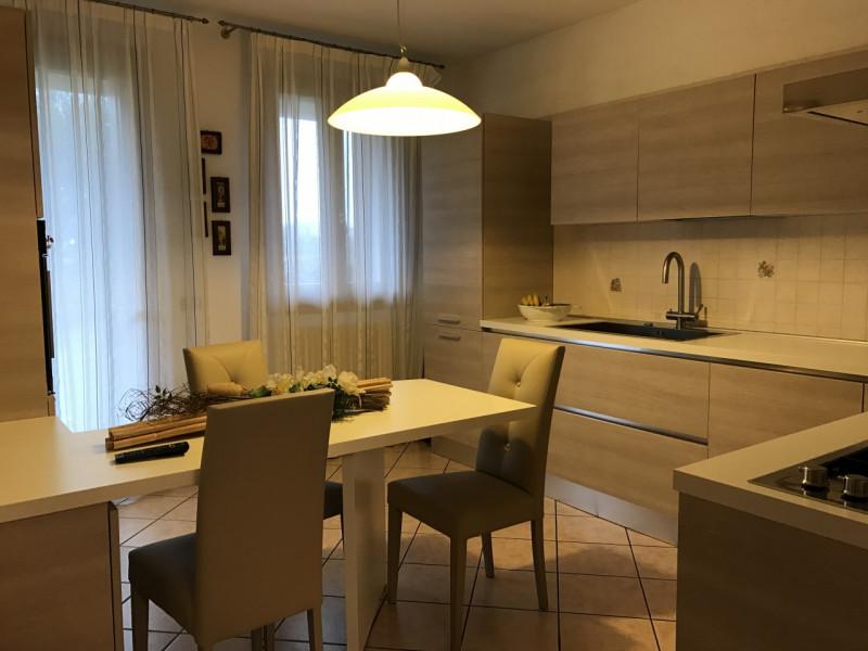 Appartamento in ottime condizioni in vendita Rif. 6252902