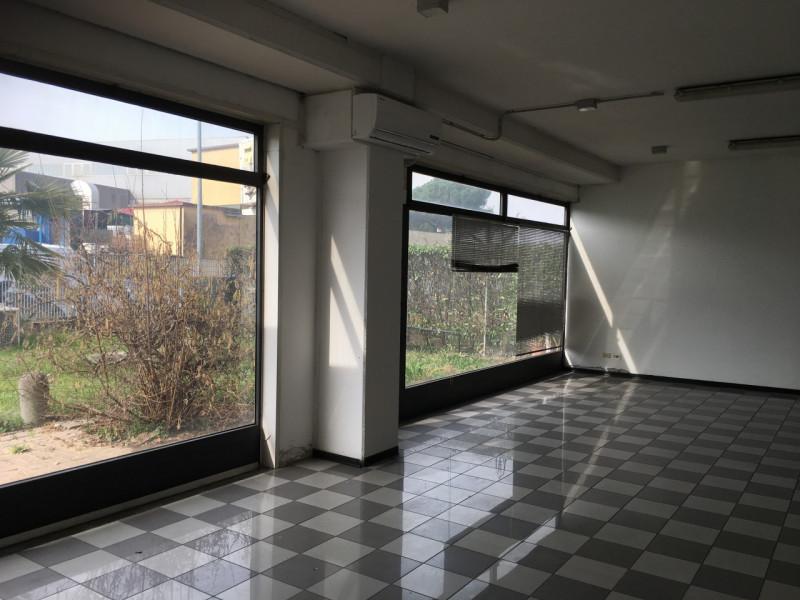 Negozio / Locale in affitto a Albignasego, 9999 locali, zona Località: Albignasego, prezzo € 600 | CambioCasa.it