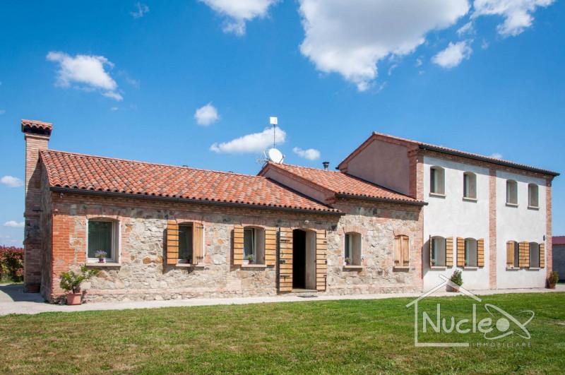 Villa in ottime condizioni in vendita Rif. 9829427