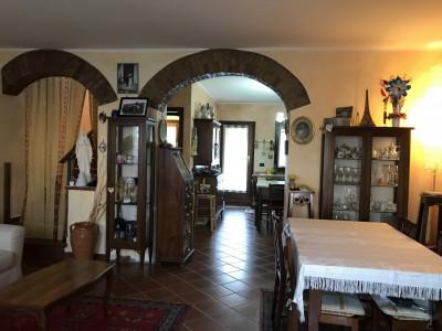 NOVENTA PADOVANA - via Roma -  PORZIONE DI CASA